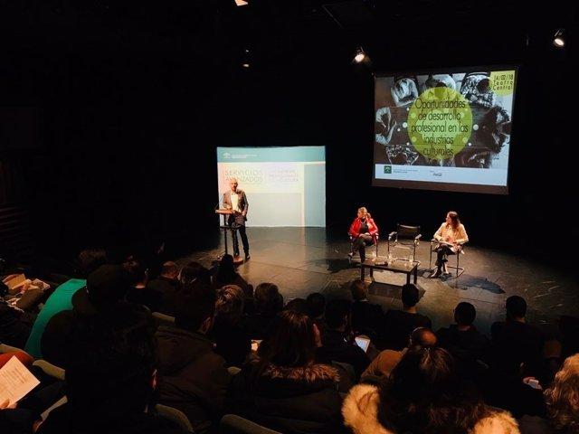 Junta organiza unos jornadas para que jóvenes conozcan la industria cultural