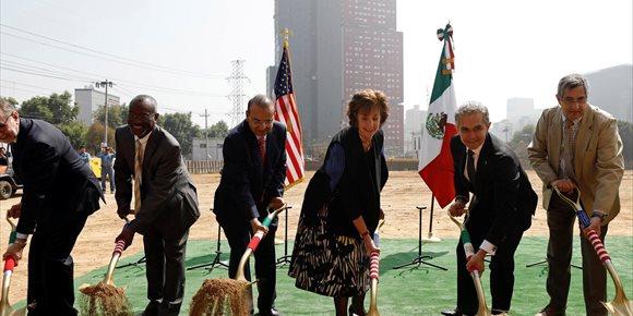 4. EEUU sigue adelante con su la nueva Embajada pese a la tensión con México por el muro fronterizo