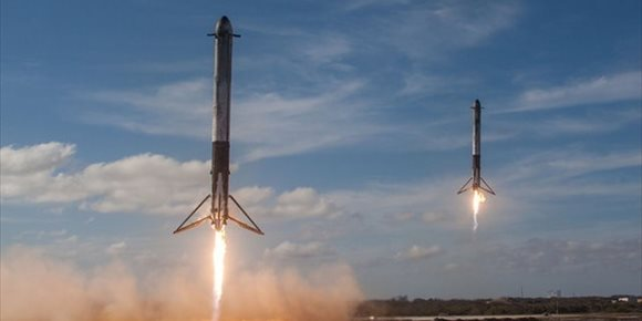 9. El acelerador perdido del cohete Falcon Heavy se quedó sin combustible