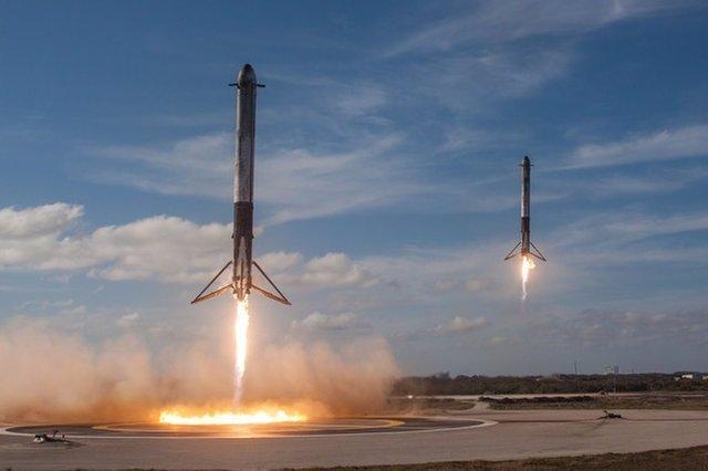 Recuperacion cohetes laterales del Falcon Heavy