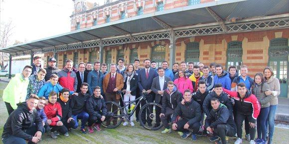 10. Una consolidada Andalucía Bike Race se marca como reto seguir aumentando la presencia femenina