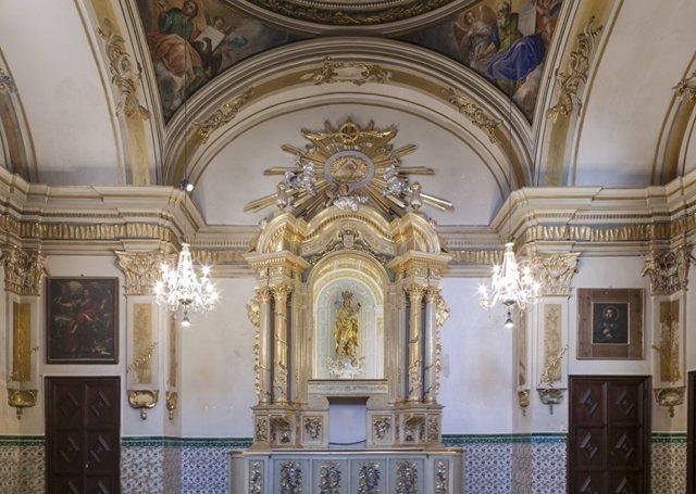 Panorámica de la capilla en al iglesia de San Nicolás