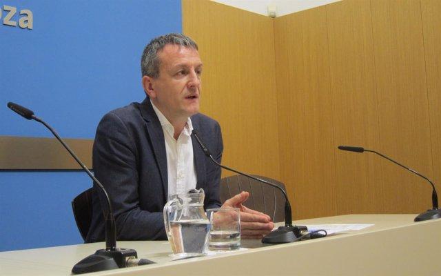 El consejero de Economía y Cultura de Zaragoza, Fernando Rivarés