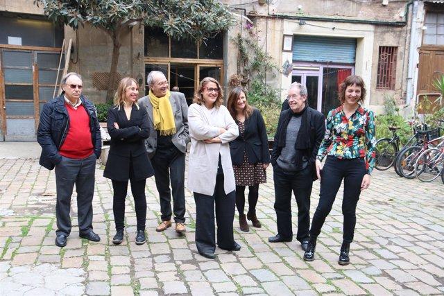 Siete autores ficcionan 200 años de la historia de Barcelona en un proyecto