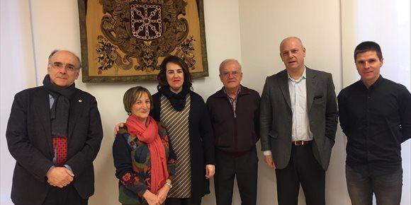 6. El Parlamento de Navarra continuará su colaboración con Euskaltzaindia