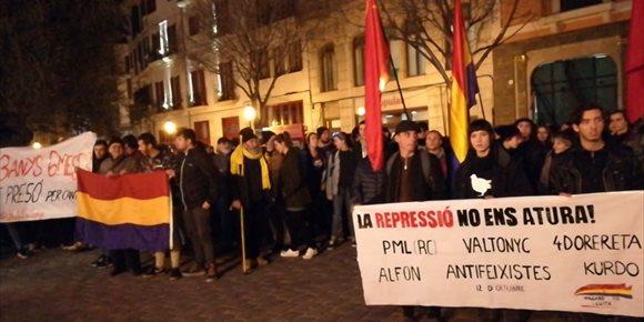 3. Unas 200 personas piden en Palma la absolución del rapero Valtonyc y reclaman libertad de expresión