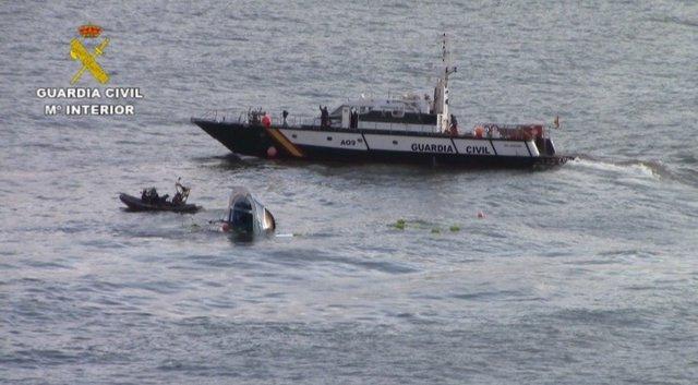 """Rescate del buque """"Astelena"""", en Bermeo"""