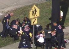 Almenys 17 morts i 15 ferits en un tiroteig en un institut a Florida (Estats Units) (REUTERS)
