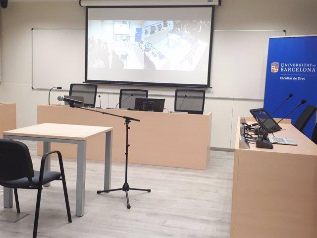 Aula de simulación de juicios en la Facultad de Derecho de la UB