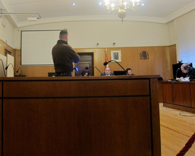 El condenado, durante el juicio en la Audiencia Provincial.