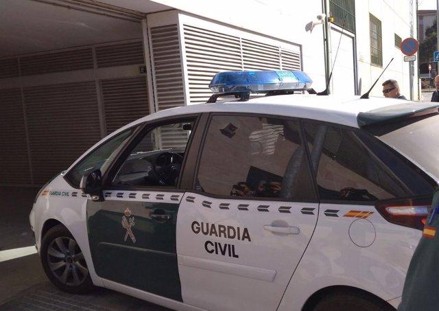 Guardia Civil entra en juzgados de vélez.