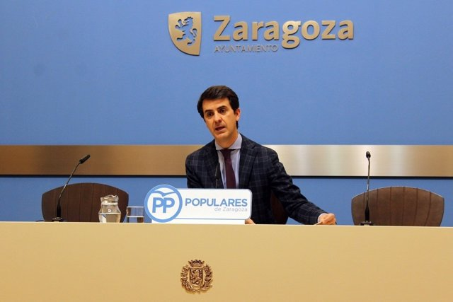 El portavoz adjunto del PP en Zaragoza, Pedro Navarro