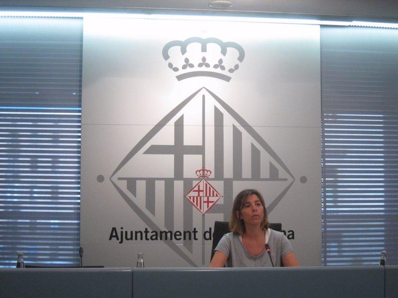 El pdecat asegura que colau no hace el trabajo en for Haces falta trabajo barcelona