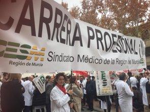 Sindicatos médicos convocan una manifestación para el 21 de marzo para recuperar sus derechos perdidos (CESM)