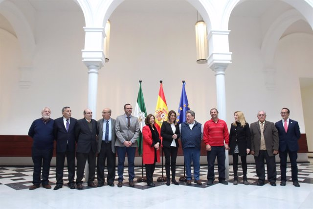 Susana Díaz recibe a la nueva Junta Rectora de la FOAM
