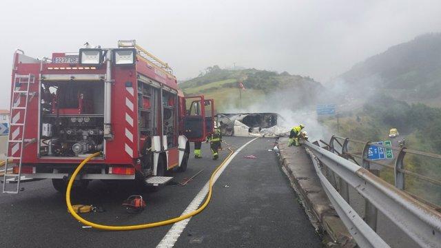 Accidente de un camión en Ontón