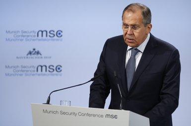"""Lavrov denuncia el """"mite irracional"""" que atribueix a """"l'amenaça russa"""" el Brexit o el referèndum català (REUTERS / RALPH ORLOWSKI)"""