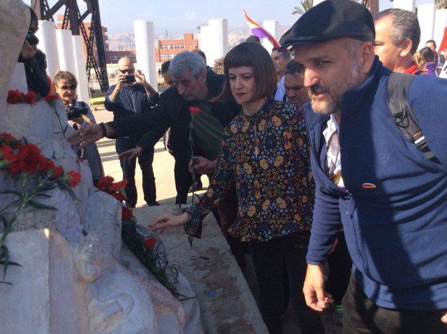 Jesús De Manuel Y Lucía Ayala, En La Última Jornada De La Desbandá