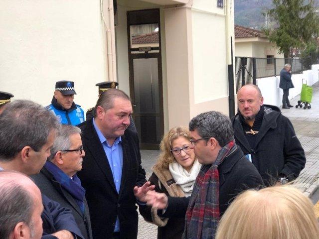 Ramón Argüelles con Álvaro Nadal en Mieres