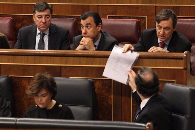 Rafael Hernando y Mariano Rajoy