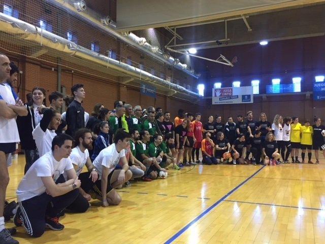 Participantes del I Torneo de fútbol sala por la diversidad