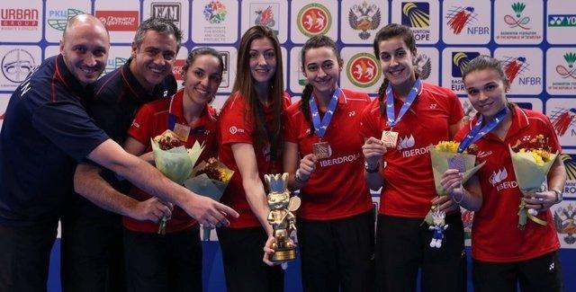 Carolina Marín Beatriz Corrales Sara Peñalver Lorena Uslé Elena Fernández bronce