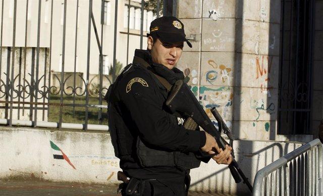 Policía de Túnez