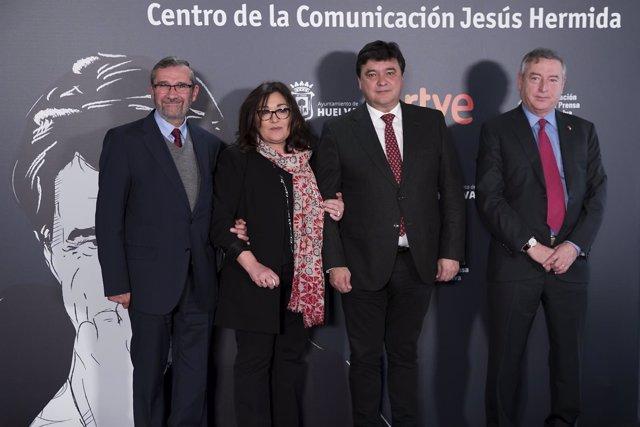 Firma del convenio Centro de Comunicación Jesús Hermida y RTVE