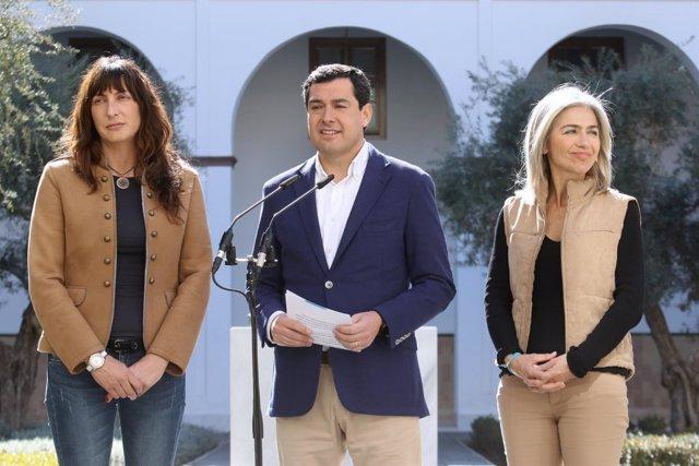 Juanma Moreno, hoy junto a Loles López y Patricia Del Pozo