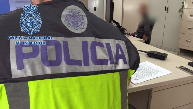 """Nota Prensa Y Fotografía: """"La Policía Nacional Detiene En Pleno Centro De Valenc"""