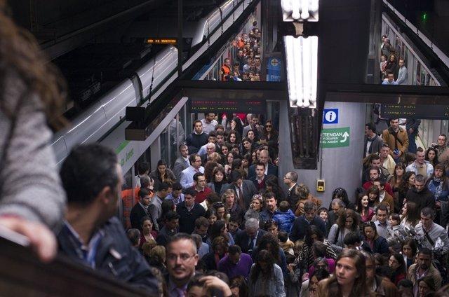 Los sindicatos del metro anuncian seis días de huelga