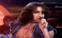 38 años sin Bon Scott: El salvaje cantante de AC/DC en 5 canciones (BON SCOTT)