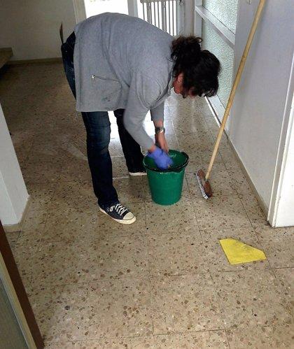 Limpiar la casa puede perjudicar los pulmones