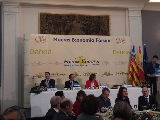 Vicent Soler y Sandra Gómez en el Fòrum Europa