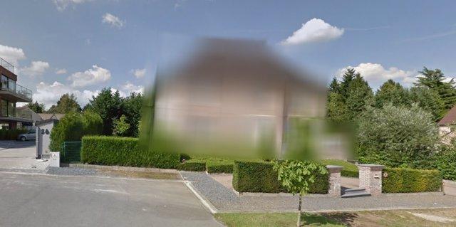 Casa de Puigdemont en Waterloo aparece emborronada