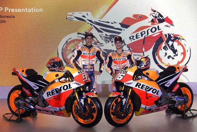 Pedroa y Márquez en la presentación del equipo Repsol Honda