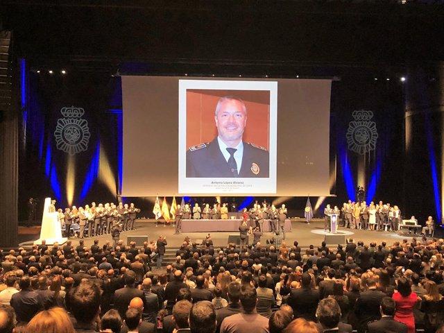 Barcelona celebra el 194 aniversario del Cuerpo Nacional de Policía