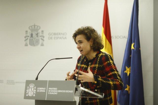 Dolors Montserrat firma con Farmaindustria la renovación del convenio de colabor