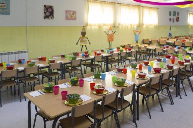Andaluc a autoriza 32 millones para el servicio de comedor for Proyecto cafeteria escolar