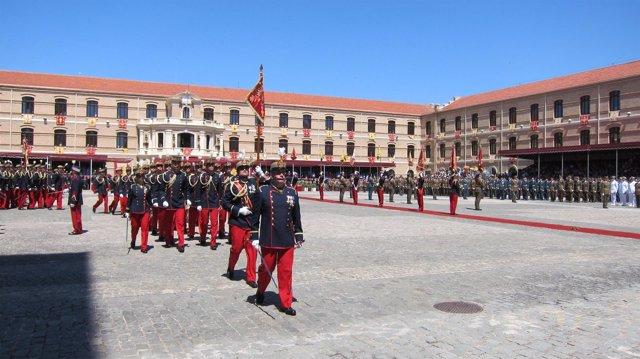 Entrega de despachos en la Academia General Militar de Zaragoza