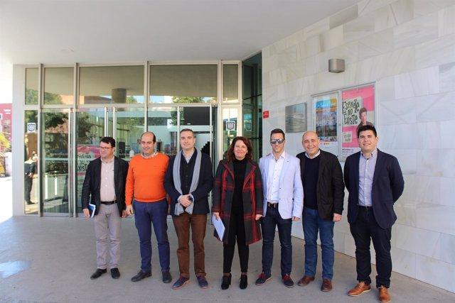 Carmen Crespo (PP-A) se reúne con jóvenes empresarios en Huércal-Overa
