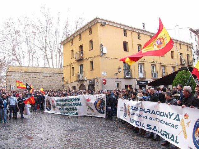 Concentración Policías y Guardias Civiles Logroño