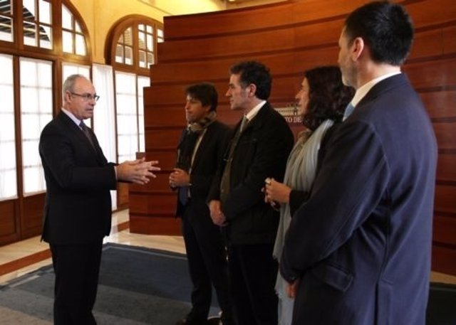 Durán recibe a una delegación de Sociedad Civil Catalana
