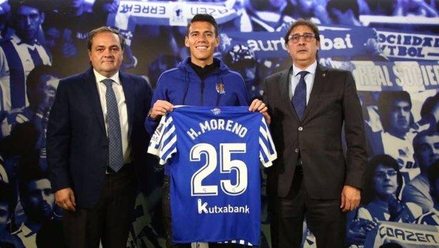 Héctor Moreno, presentado con la Real Sociedad
