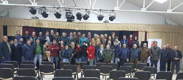 Foto de archivo de la asamblea de constitución de la plataforma Jaén Adelante.