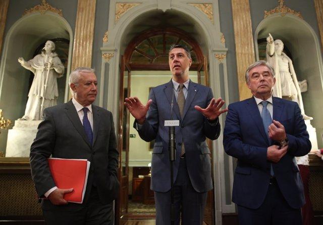 José Manuel Barreiro, Xavier Albiol y Javier Arenas en el Senado
