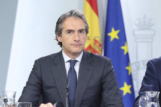 Rueda de prensa de Iñigo de la Serna tras el Consejo de Ministros