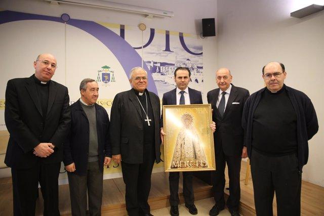 El obispo (centro), en la presentación los actos por el Jubileo Mercedario
