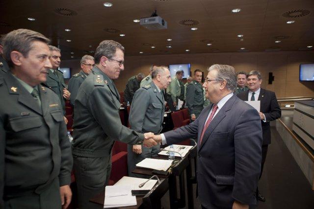 Zoido se reúne con los generales jefes de Zona de la Guardia Civil