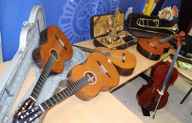 Instrumentos recuperados tras el robo en una escuela de música de Almería